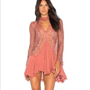 🆕 Free People Tell Tale Lace Tunic
